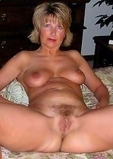 Amateur MILFs and moms